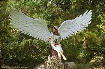 Jery Nasa Kim với đôi cánh thiên thần