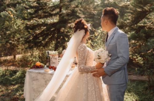 [Góc ảnh cưới] Vườn bách tán