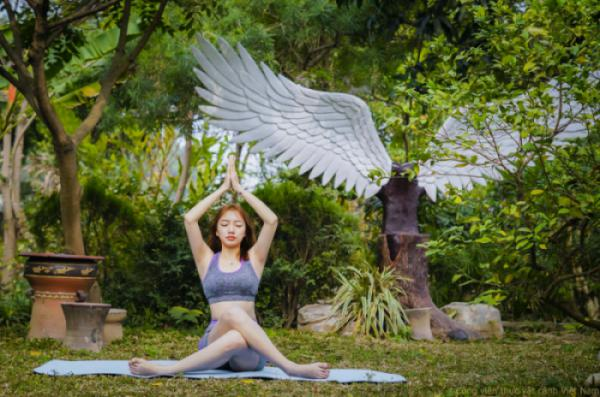 Yoga sinh thái tại Công viên thực vật cảnh VN