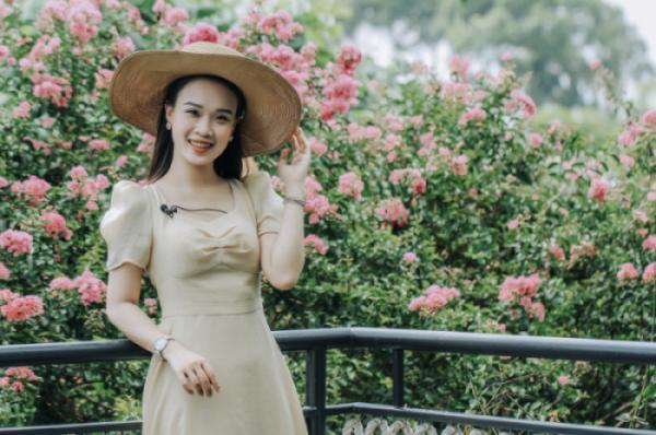 Phạm Phương Thảo - Người tình hoa tường vi